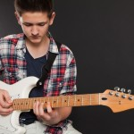 teen-guitar